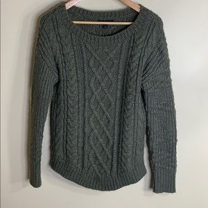 BR green chunky cable knit sweater